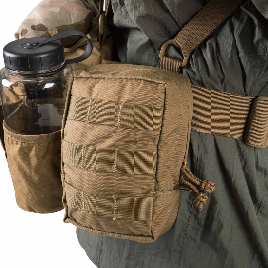 bæltetaske med seler og mange rum