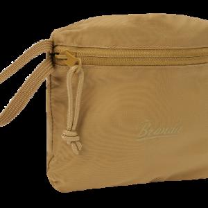 rygsæk der kan pakkes sammen i sin egen lomme